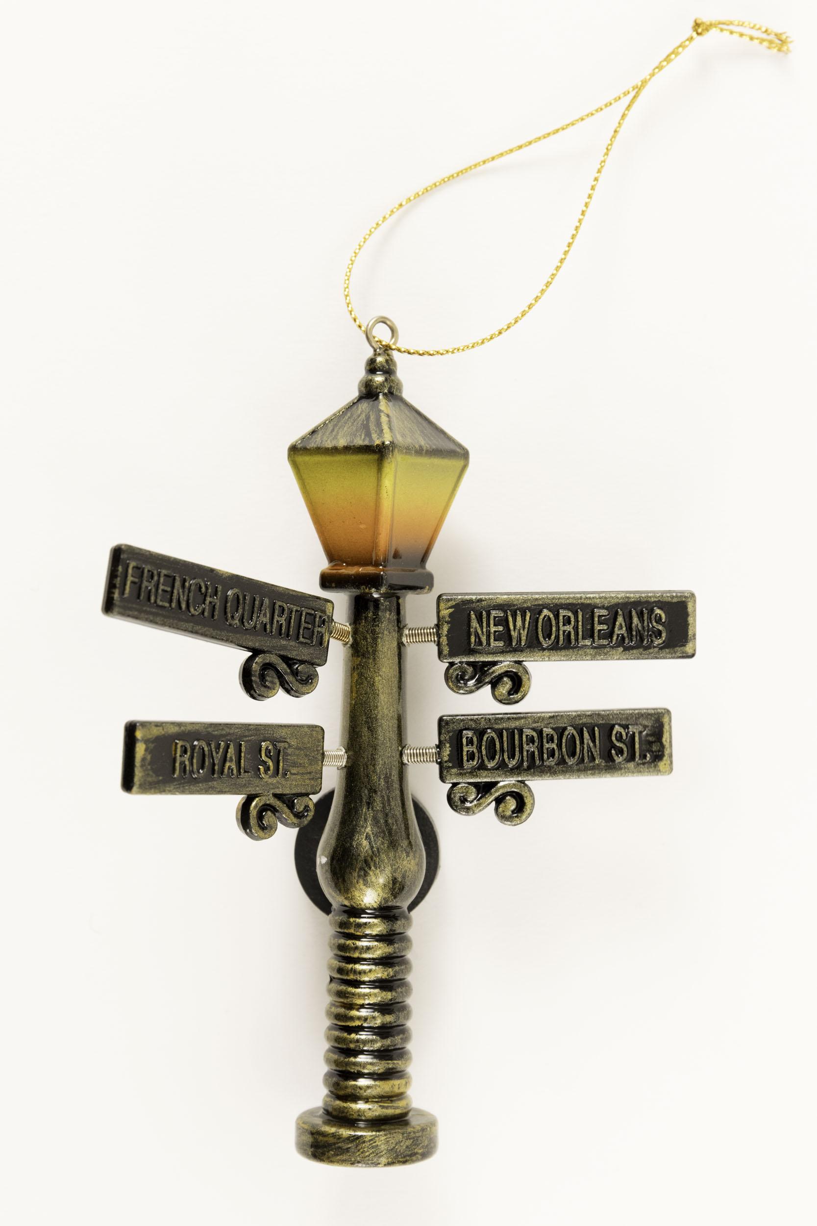 Lamp Post Ornament/Magnet,DX13909